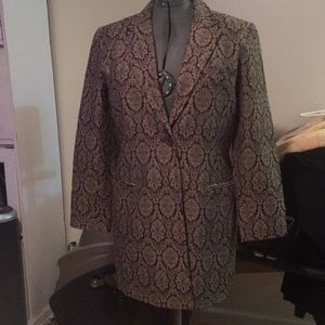 Dialogue gold and black long blazer size 14